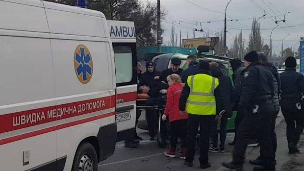 Два автобуси розбилися вщент: жахлива ДТП на міжнародному рейсі, пасажири-українці госпіталізовані