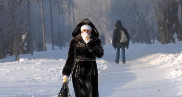 Битва стихий и аномальное тепло: погода в декабре заставит украинцев забыть про Новый год