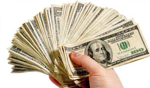 Пенсионер через суд вернул 5 тысяч долларов депозита