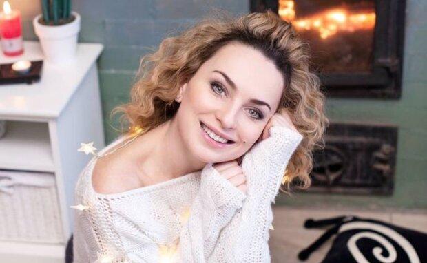 """Зірка """"Дизель шоу"""" Вікторія Булітко перетворилася на красуню з 80-х: коротка стрижка і макіяж-світлофор"""