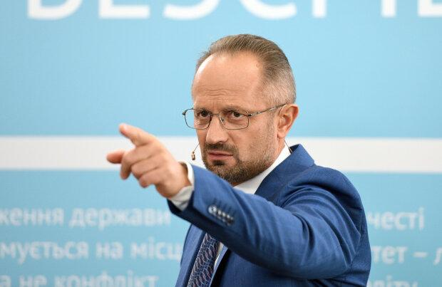 Увольнение Бессмертного из Минской контактной группы - это симптом выздоровления, - Дудкин