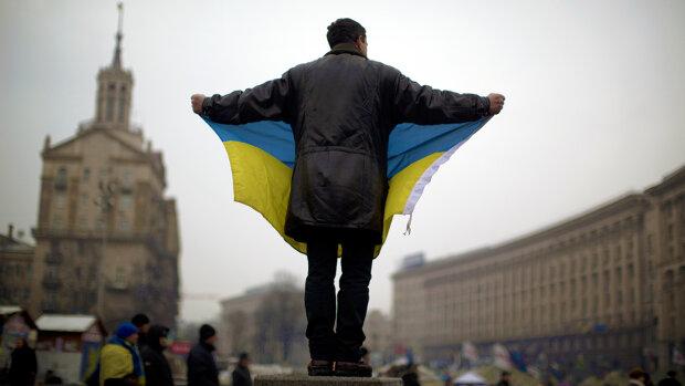 """Юрий Атаманюк рассказал, чей пример вытянет украинцев из пропасти: """"Потому что мы бедные..."""""""