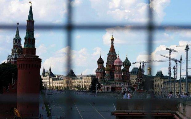 """Тріски летять: санкції США проти КНДР """"зачепили"""" Росію"""