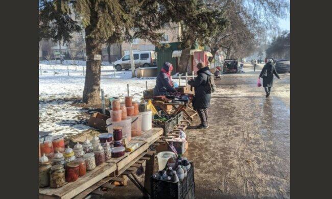 """Буковинці виходять на вулиці, щоб вижити, в мережі бісяться: """"У мороз всі тихо сиділи"""""""
