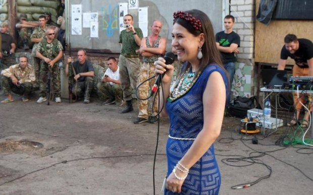 Украинская звезда 90-х призвала украинцев определиться