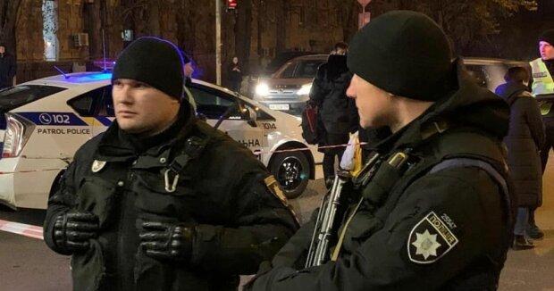 """""""Сказочная безответственность"""": киевлянка заперла малыша в машине и пропала, - соцсети вскипели от негодования"""