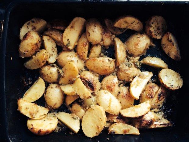 Вам точно сподобається: картопля, запечена з лимоном і орегано