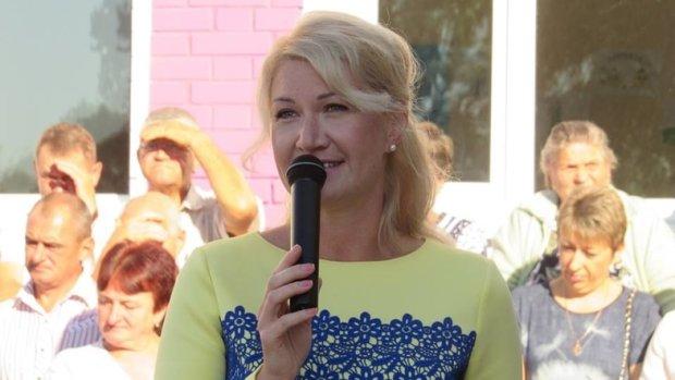Плюнула в обличчя: історія з істеричною блондинкою Баласинович зі списку Порошенка отримала дике продовження, відео