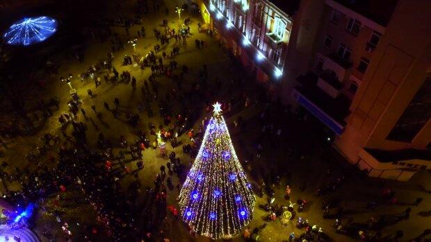 Новорічна ніч, фото: mi100.info