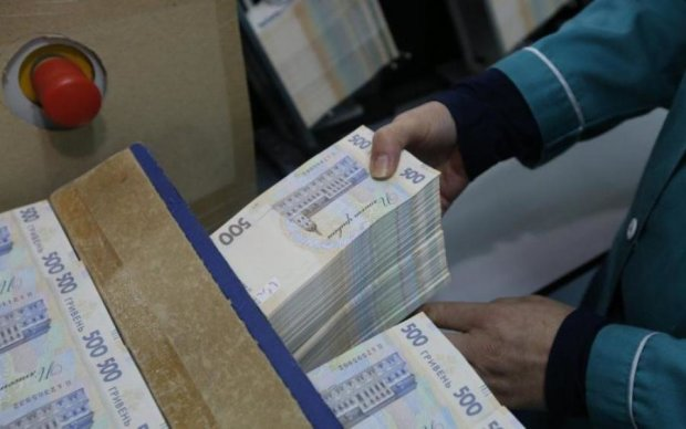 """Это не рейтинг президентского """"кошелька"""" должен расти, а экономические показатели Украины, - политолог"""