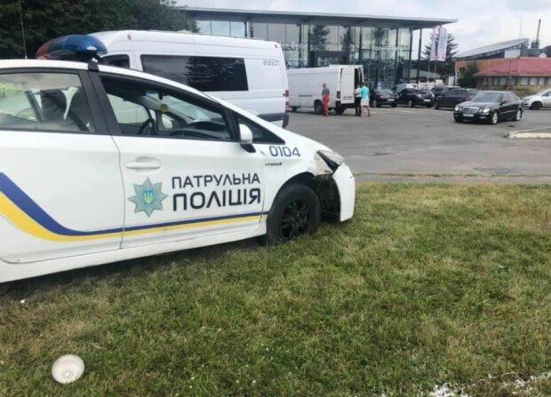 В Киеве схватили банду наглоруких воровок: одна отвлекает, вторая грабит