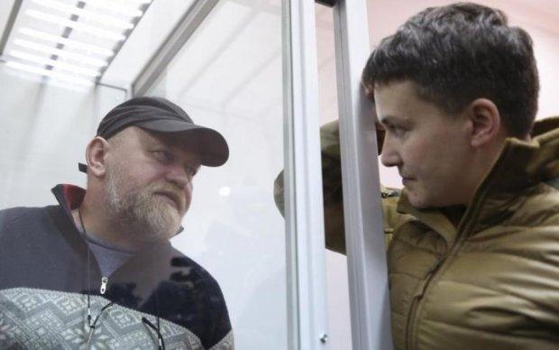 Порошенко и Гройсман подключились к скандалу Савченко