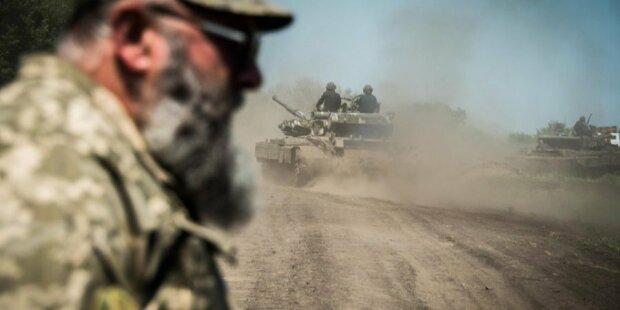 """Кривава доба на Донбасі: бойовики """"полили"""" українських військових шквальним вогнем"""