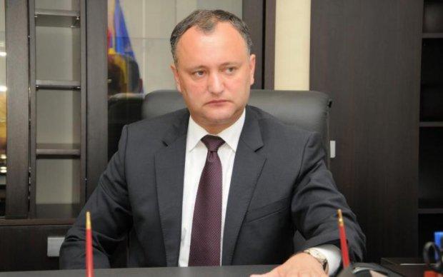 Президент Молдовы записался к Кремлю в комментаторы