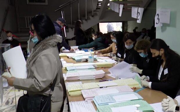 Місцеві вибори, скріншот відео