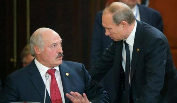 """Путін готується """"приєднати"""" Білорусь"""