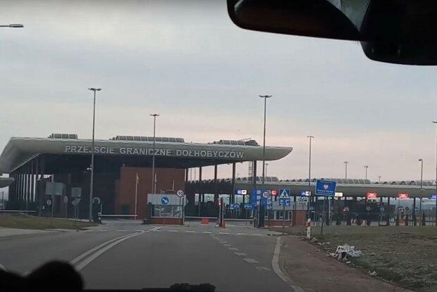 Польща перед Новим роком змінює правила для в'їзду українців: що потрібно знати