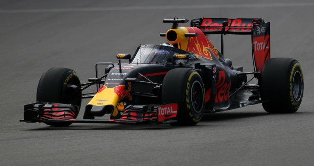 Формула-1: під час кваліфікації Гран-прі Мексики сталося неймовірне