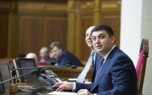 Заліковка уряду: експерти показали роботу міністрів за рік