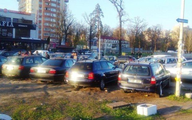 Копы открыли охоту на нерастаможенные авто украинцев