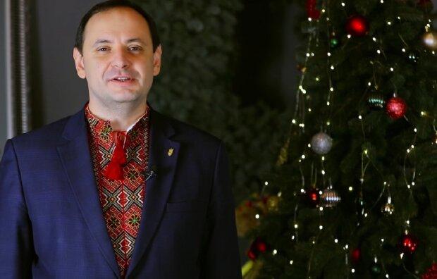 Руслан Марцинкив, кадр из поздравления: Facebook