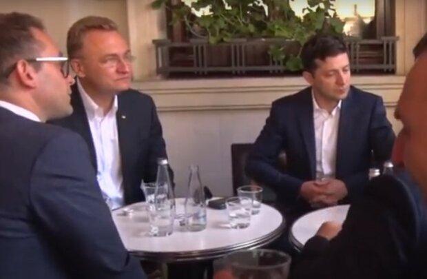 Зеленский и Садовый, скриншот из видео