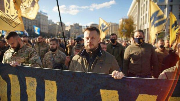 Андрей Билецкий на марше УПА в Киеве