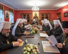 Синод УПЦ, Релігія в Україні