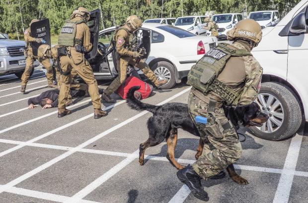 ДБР перелякались гніву Зеленського і негайно взялись за голову поліції Дніпропетровщини