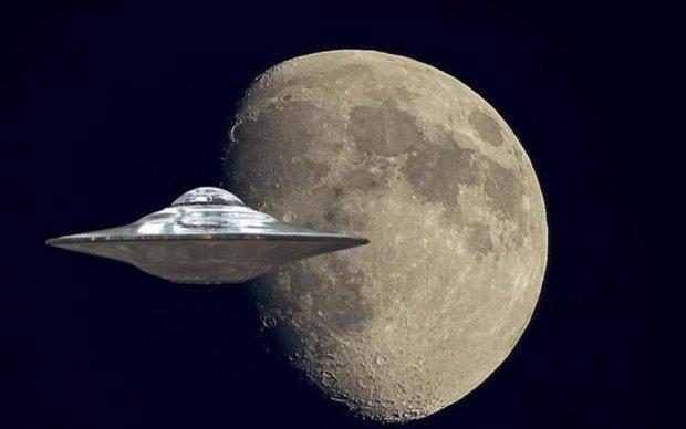 Звездолет инопланетян рассмотрели на архивных снимках с Луны