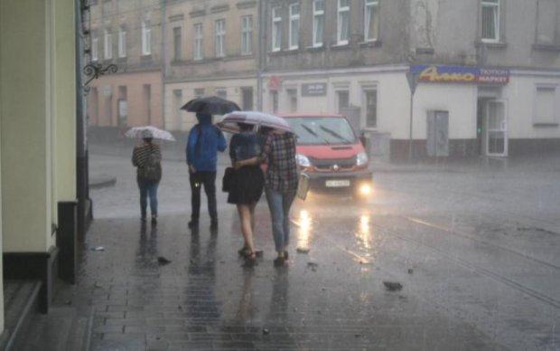 Опять потоп? Киевлян предупредили о мощнейшей грозе