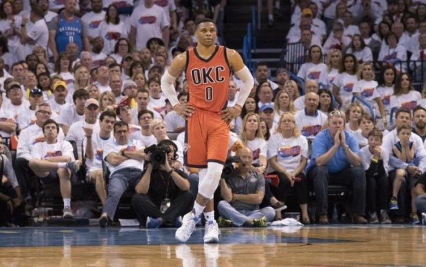 НБА: Клівленд пройшов Індіану, Бостон зрівняв рахунок в серії з Чикаго