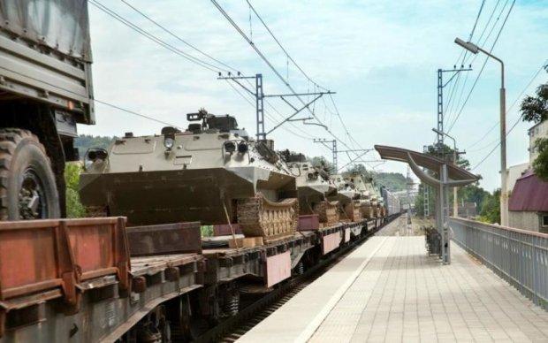 Потяг окупанта розгубив по дорозі знаряддя війни