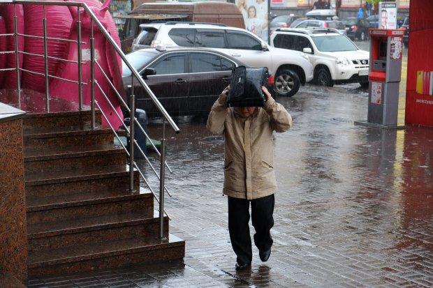 Погода в Киеве на 12 июля: стихия пригласит украинцев на танцы под дождем