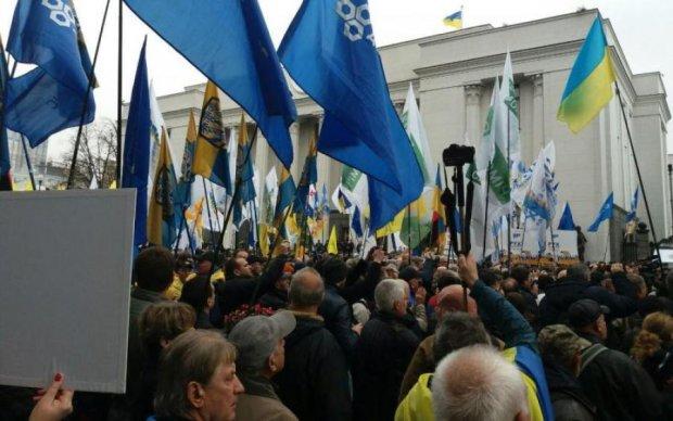 Угроза депортации заставила Саакашвили решиться на кардинальные меры