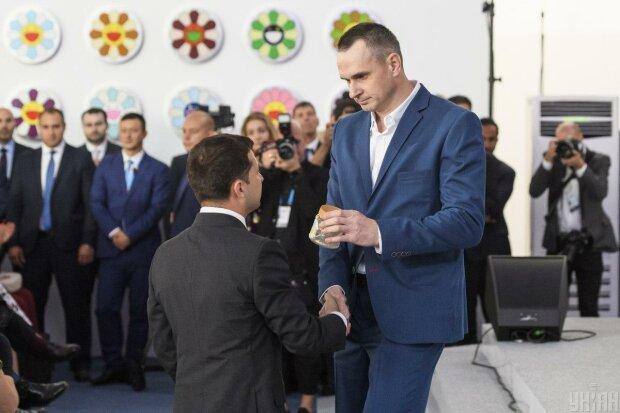 """Сенцов жестко прокомментировал скандал Зеленского в Золотом: """"Спасибо, что у нас есть страна"""""""