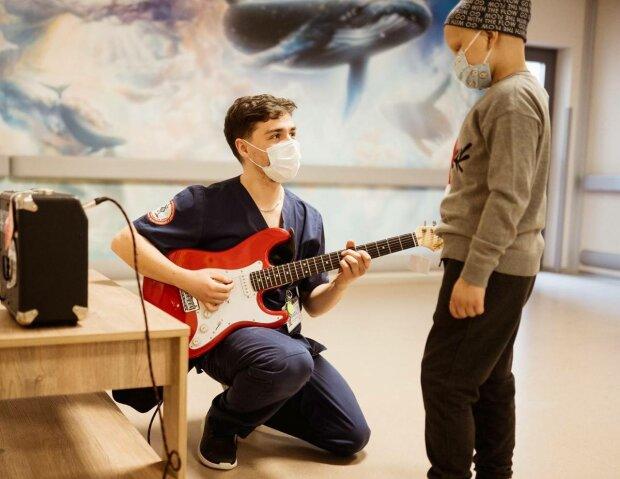 Врачи в больнице, фото: Таблеточки