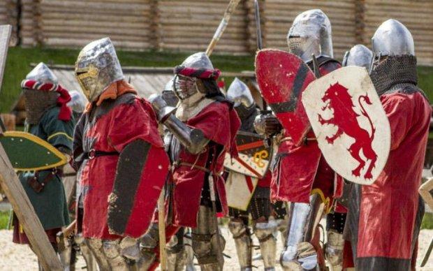 Древний Киев приглашает на празднование Дня Конституции