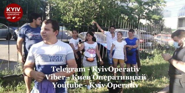 """Вуличні злодії в Києві різко змінили тактику - """"Приходять """"Рембо"""" і відбивають своїх"""""""