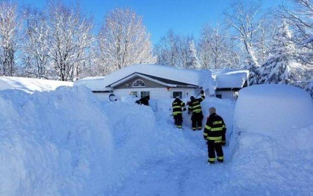 Снег убирали огнеметом и вот, что из этого получилось