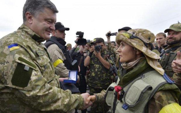 """""""Из моего класса ни один парень не пошел служить, все прятались. Но кто-то же должен защищать страну"""", - Кнопка-пулеметчица поразила Украину силой духа"""
