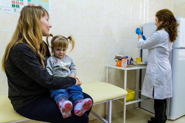 Украинцев убивает страшная эпидемия: 6 смертей с начала года, медики бессильны