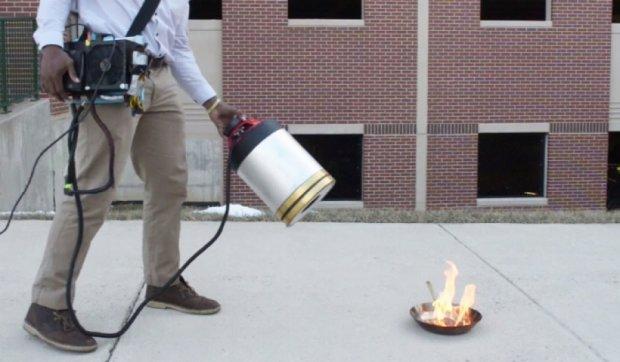 Студенти винайшли звуковий спосіб гасіння пожежі (відео)