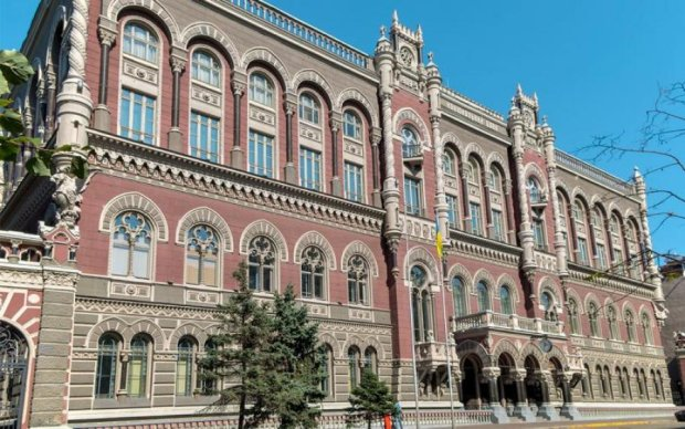 Українцям загрожують нові електронні платежі
