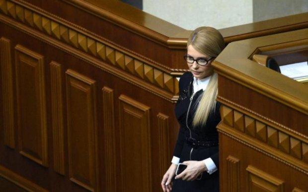 """Тимошенко захищає """"Страну"""" замість """"Батьківщини""""?"""