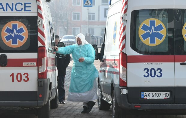 Швидка, фото: fakty.ua