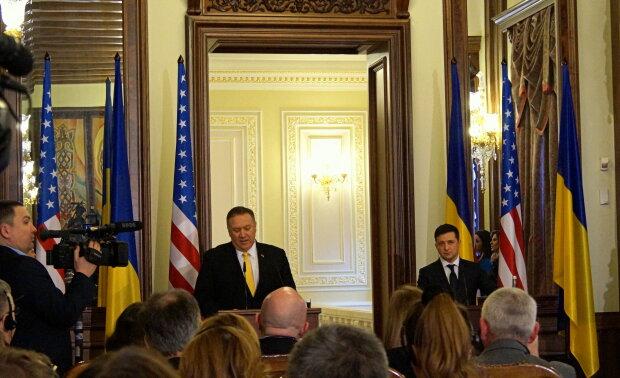 Зустріч Володимира Зеленського з держсекретарем США Майком Помпео - фото Знай.ua