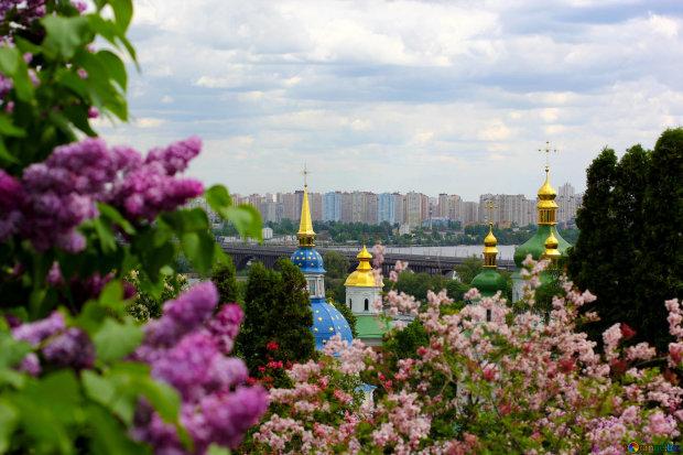 Погода на 20 квітня: весна підготувала українцям приємні сонячні ванни