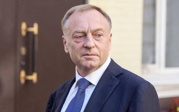 Супрун не является политиком и не имеет права принимать участие в политических акциях, - Лавринович