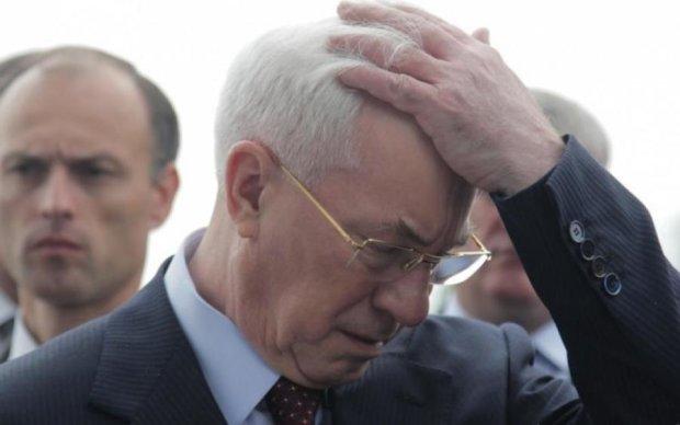Азаров накинувся на українського історика
